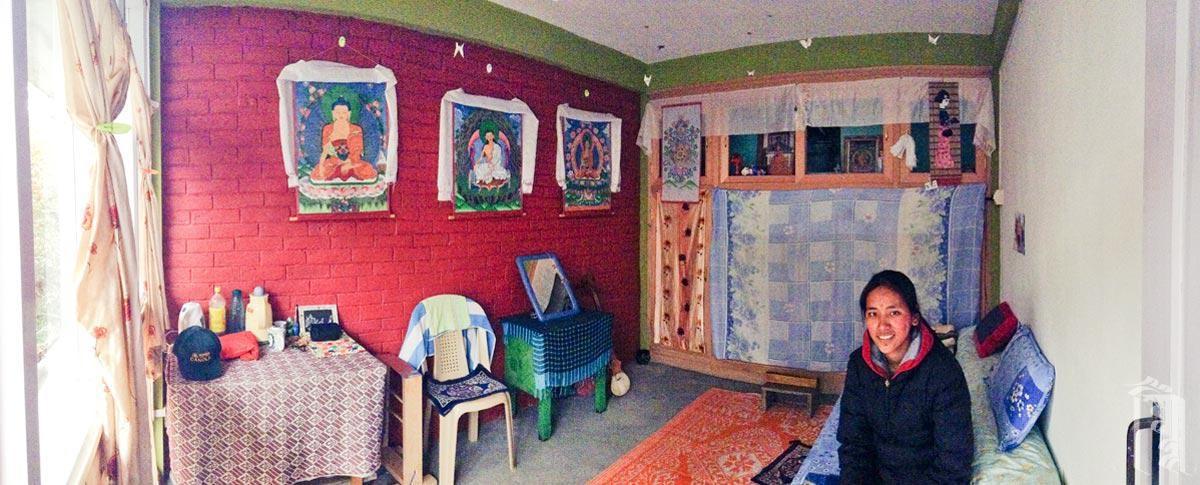 Einer der neuen Räume, den ein Jhamtse Gatsal-Lehrer als sein Zuhause bezeichnen darf.