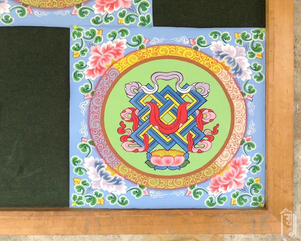 Die Kinder im Jhamtse Gatsal haben die Möglichkeit, die traditionelle Himalaya-Kunst von einigen sehr versierten Künstlern zu lernen.